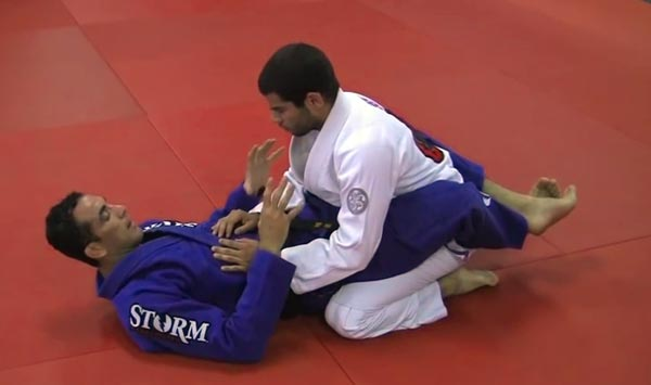 braulio estima sweep from guard