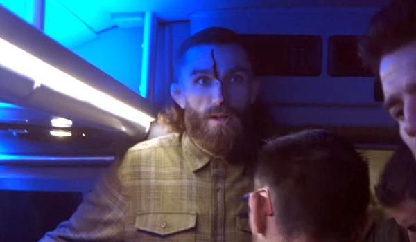 W środku posta kolejny odcinek UFC 223 embedded. Na materiale video zobaczycie m.in. rozcięcie głowy Michael Chiesa. Słychać także jak Conor nawołuje kolegów do rozbijania […]